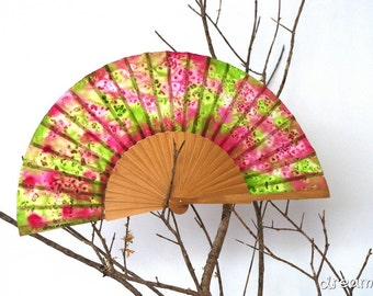 Silk hand fan handpainted purple and orange. gift wedding- bridesmaid. personalized gift. spanish hand fan. birthday gift. summer