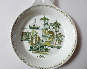 "1960s/70s Figgjo-Flint Ceramic Skillet/Dish, Turi-Design, Green and White Fishing Scene, 8"" Diameter, Norway"