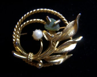 "Vintage Sara Coventry Brooch Pin 2"" Gold Tone Pearl & Jade, Signed"