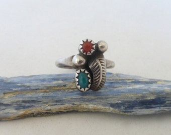 Vintage 1960's Native American Asymmetrical Sterling Silver Feather, Coral and Green Turquoise Ring