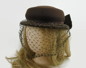 Vintage Brown Wool Hat with Patterned Netting, Brown Grosgrain Ribbon and Bow, 1940s Merrimac Hat Excello Thornton, NY, 100% Wool Hat