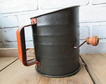 Primitive Vintage Sifter Nesco Metal Sifter