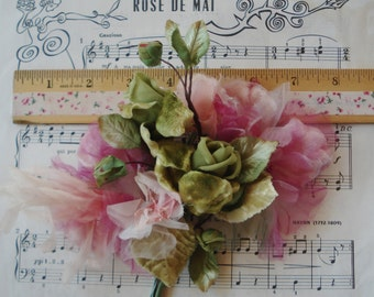 Large Vintage Lilac Pink Green Velvet Cloth Organza Mixed Bouquet Millinery Flower Spray Leaves Ladies Hat Cloche Flapper Trim Ribbon