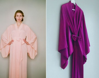 """One custom long """"Noguchi"""" kimono robe in faux silk. Long kimono robe Long bridal robe Long silk kimono Bridal robe with pockets Gift for her"""