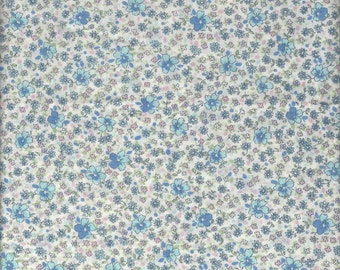 Dainty Floral (312709 Col B) from the Yuwa Lawn 60 Live Life  Collection