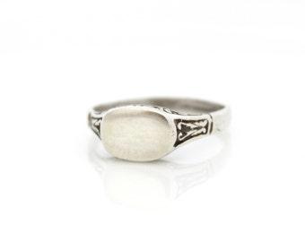 Personalized Monogram Ring | Silver signet ring | Custom silver ring | Initial ring | Name ring | Engraved ring