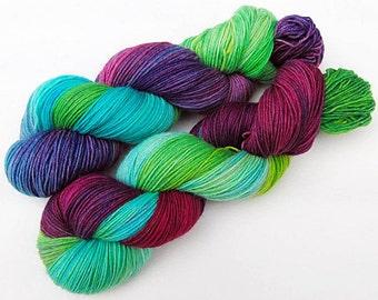 Handpainted Sock Yarn, 75 Wool  superwash, 25 Nylon 100g 3.5 oz.  Nr. 719