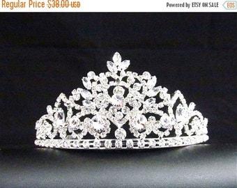 SALE 30% OFF Vintage Inspired Rhinestone Crystal Bridal Tiara, Wedding Rhinestone Hair Accessory ~ ET 16