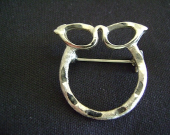 Vintage Silver Tone Eye Glass Brooch