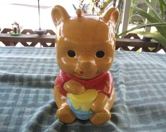 "Collectible Ceramic Cookie Jar Featuring ""Winnie The Pooh"" (Walt Disney Productions) L@@K!!!"