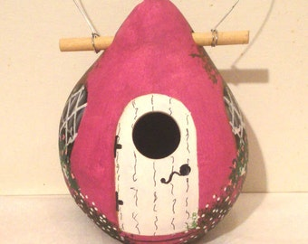 Vibtant Violet and White Kettle Gourd Birdhouse, Small, Handpainted   (GBHC551)