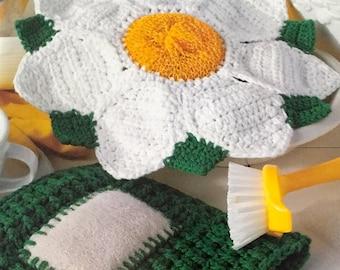 Kitchen Helper small crochet pattern book