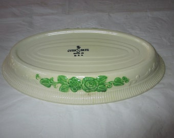 "9-5/8"" Oval Baking Dish, Homer Laughlin Oven Serve, Cream, Green Embossed Trim, c. 1930s"
