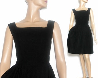 Vintage 1950s// 1960s Dress// Black // Party Dress//Wool Dress//Rockabilly// Mad Men// Pleated Skirt//