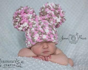 Baby pom pom hat, pink pom pom hat, Double pom pom hat, Newborn pom pom hat, Baby girl hat, Newborn photo props, baby blanket yarn