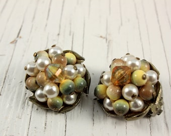 Japan Faux Pearl, Yellow and Green Cluster Bead Clip Earrings (vintage retro 50s 60s gold tone pinup pin up round plastic wire wrapped)