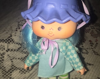 Vintage 1980 Blueberry Muffin Strawberry Shortcake doll