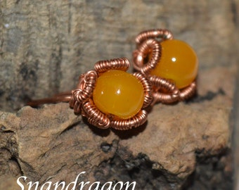 Jade and copper wire wrapped studs