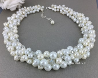 Bridal Jewelry, White and Ivory Cluster Necklace, Chunky Necklace, Bridesmaids Necklace, Bridesmaid Gift, Bridal Necklace, Pearl Jewelry