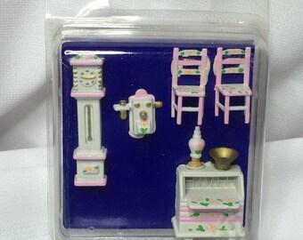 "Dollhouse Miniature 1/4"" scale desk, clock, chairs  (PT)"