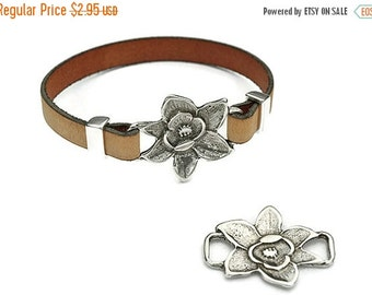 25% Off Flower Connector - Antique Silver - ZAMAK -  High Quality Metal Casting - Qty. 1