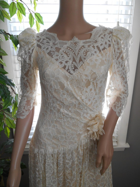 70s 80s ivory lace dress dropped waist vintage bridal lace and satin