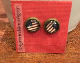 8mm Glass AmericanFlag Stud Earrings