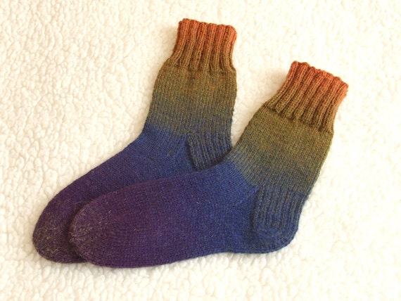 Knitting Pattern For Ski Socks : Hand Knitted men socks Winter socks Colorful socks ski socks