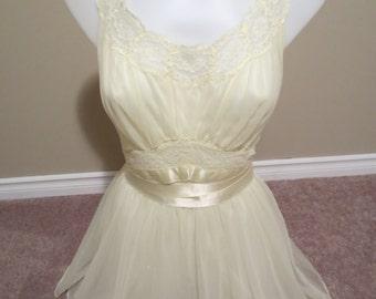 Closing Sale 1950's Vanity Fair Slip dress