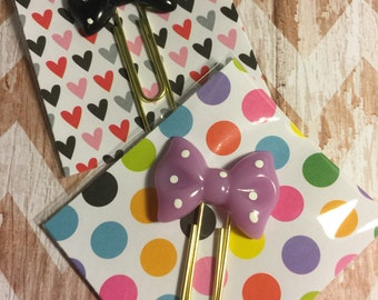 Bow Paper Clips Qty: 2