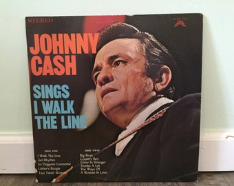 "Johnny Cash ""Sings I Walk The Line"" vinyl record"