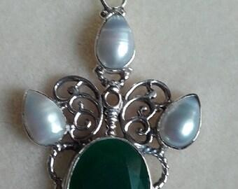 hand made semi precious Emerald and pearl sterling silver pendant