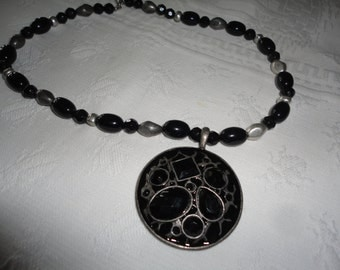 Jet Black Faceted Gray Bead Necklace Silver Pewter Metal Medallion