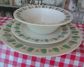 Poppytrail Dinnerware