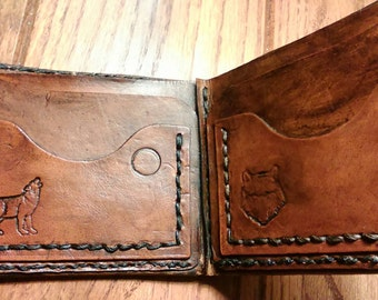 Howling wolf wallet