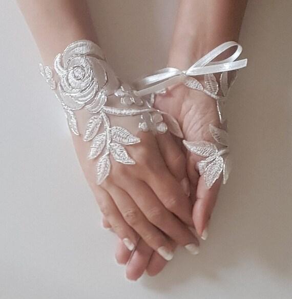 gants de mariage ivoire gants de mari e dentelle gants. Black Bedroom Furniture Sets. Home Design Ideas