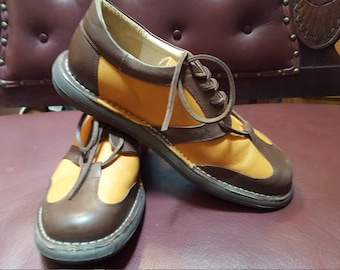 Men's Size 44 Two Tone Leather Oxfords