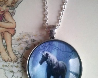 unicorn horse picture pendant