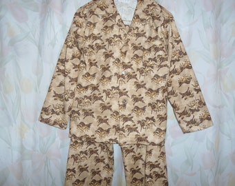 Boys Size 7 Pajama with brown horses on tan back ground