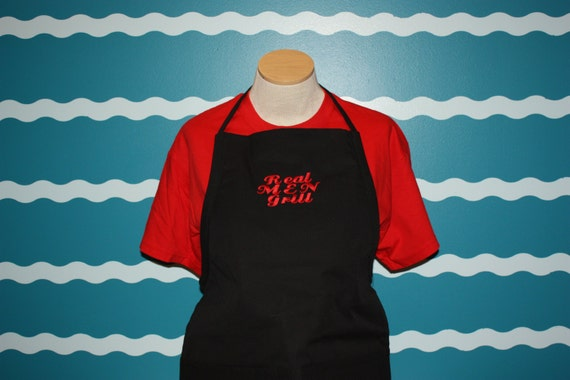 Grilling Apron - Embroidered apron - embroidered gill apron - Real Men Grill - Custom Apron - Custom Gift - gift for him - Christmas gift