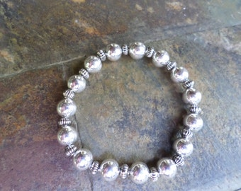 Silver and pewter stretchy bracelet