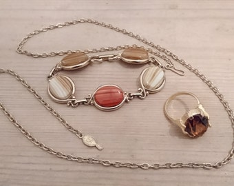 Vintage Sarah Coventry chain,ring and bracelet