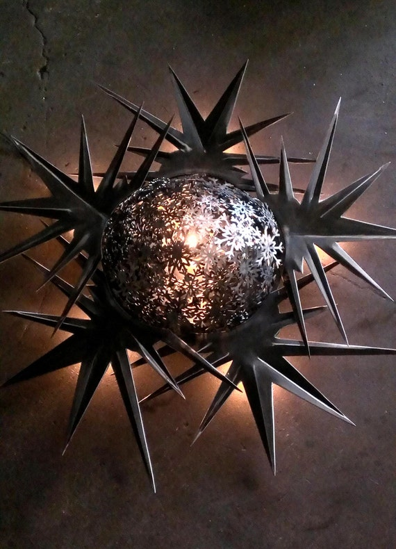 Star Wall Decor With Lights : North Star Metal wall art-light piece