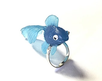 Blue goldfish ring - fish ring