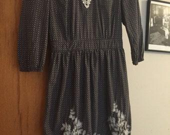 Gray embrioderry dress