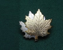 Canada Goose' Gold Lapel Pin by Jim Clift