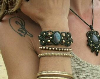 Macrame bracelet, Labradorite bracelet, cuff bracelet, gemstone bracelet, handmade jewelry, boho jewelry, gypsy jewelry, micro macrame