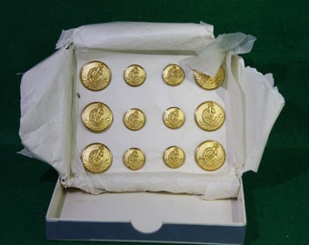 Set of 12 NOS Scottish House of Campbell Gold Buttons - Original Presentation Box