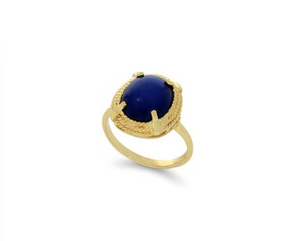 14k solid gold star sapphire ring. fancy ring.