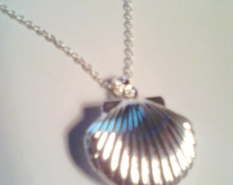 Sterling Silver Shell Photo Locket